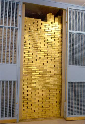 gold-bars-in-vault